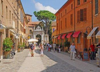 Incontri gay a Ravenna: lidi, locali e zone note